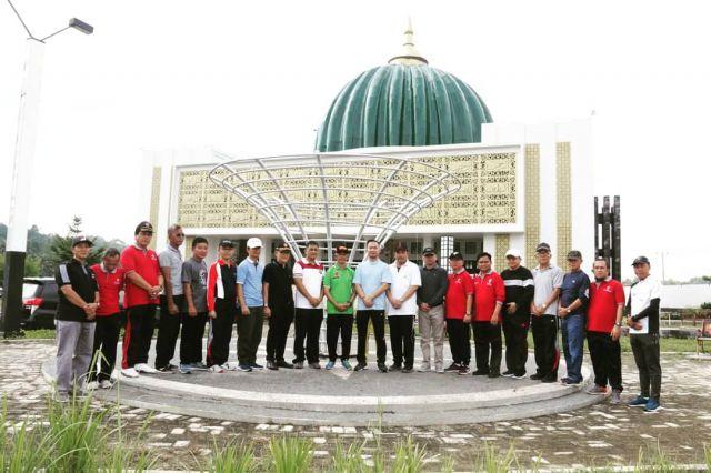 Bupati Pringsewu Tanam Pohon Kurma & Tabur Benih Ikan di Islamic Center Kabupaten Pringsewu